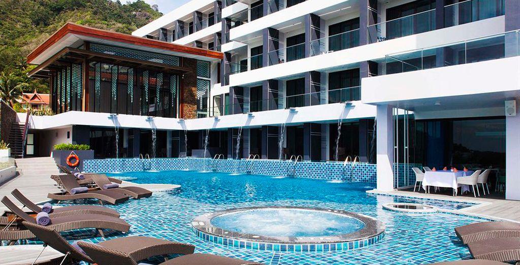 Tu estancia en Phuket será en el Eastin Yama Hotel Phuket 4*