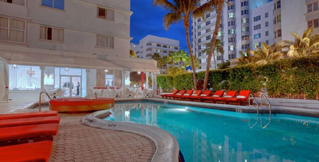 Installez-vous au Red South Beach - Combiné Miami et croisière au Bahamas - en 9 jours / 7 nuits en hôtel 3* Miami