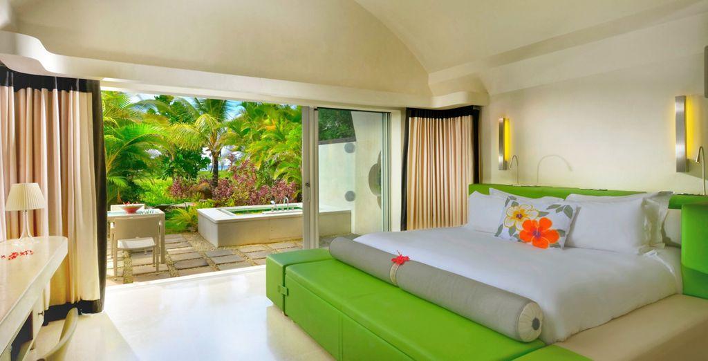 Découvrez votre chambre Lushury, son style coloré et épuré signé par le célèbre Kenzo Takada