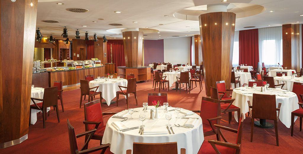 Envie de déguster une cuisine typiquement méditerranéenne ? Le restaurant de l'hôtel vous accueille !