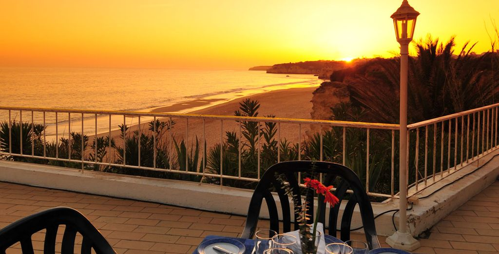 Holiday inn algarve 4 voyage priv up to 70 for 4758 setting sun terrace