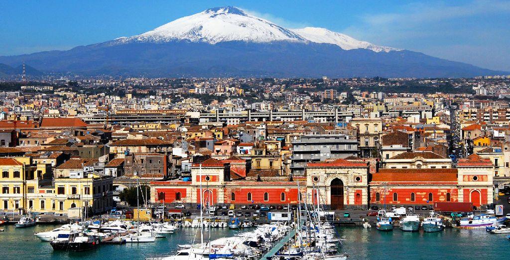 Entdecken Sie Catania, in Sizilien, Italien. Eine Stadt am Fuße des berühmten aktiven Vulkans Ätna