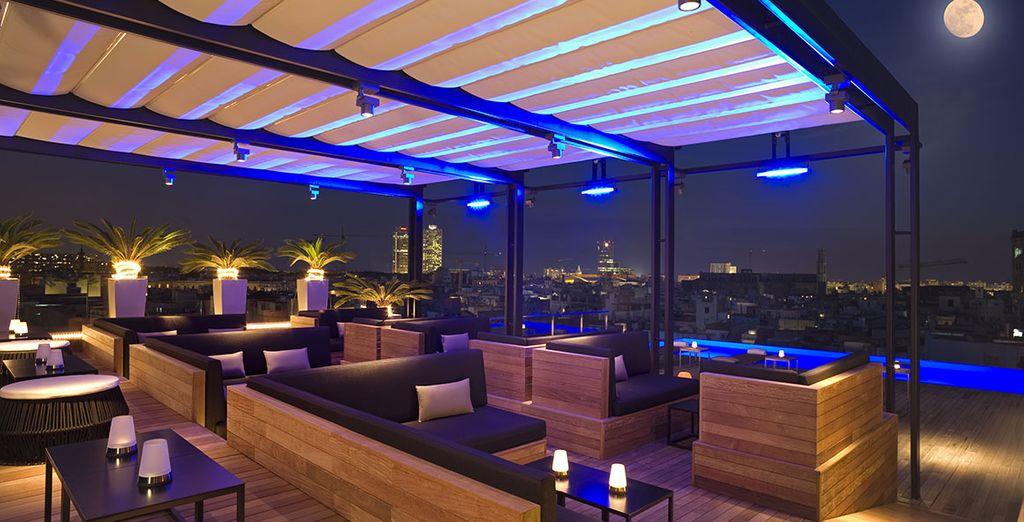 ... oder die fantastische Aussicht auf dem Dach