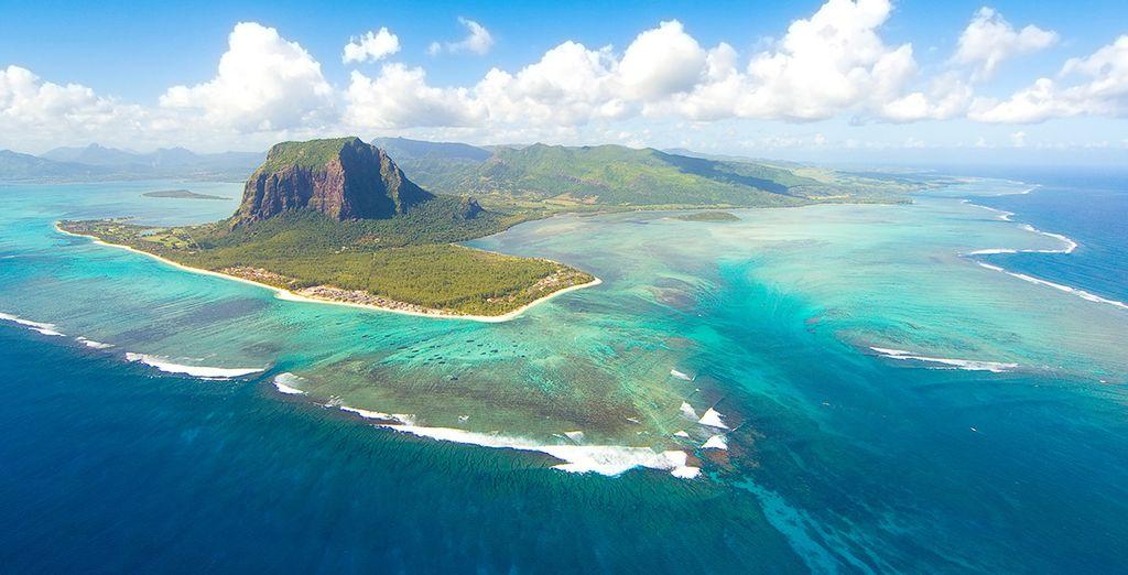 Das Hotel liegt auf der tropischen Insel Mauritius