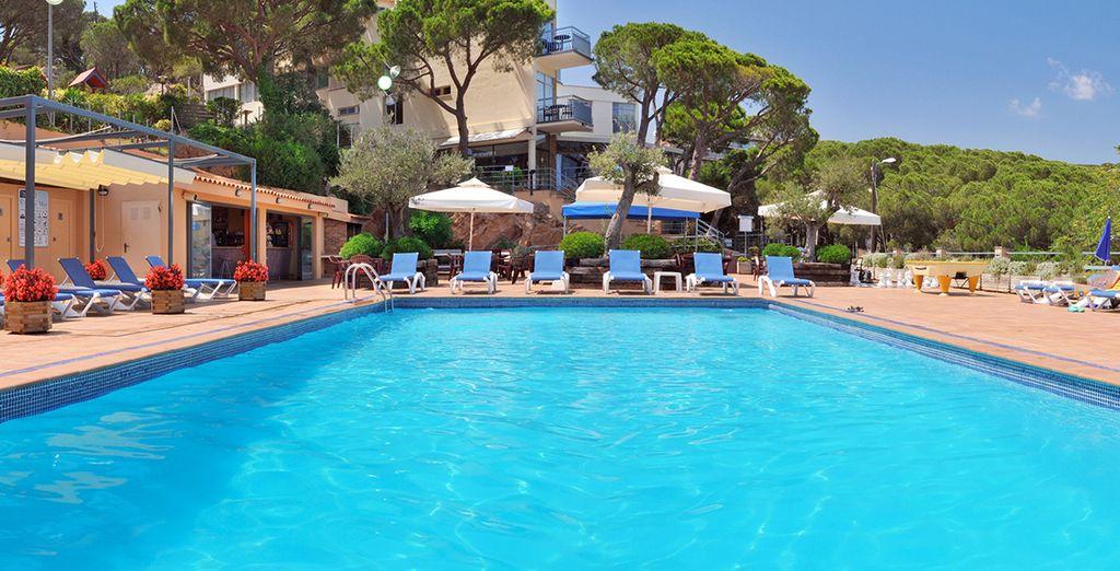 Sonne, Strand und Pool erwarten Sie in Spanien!