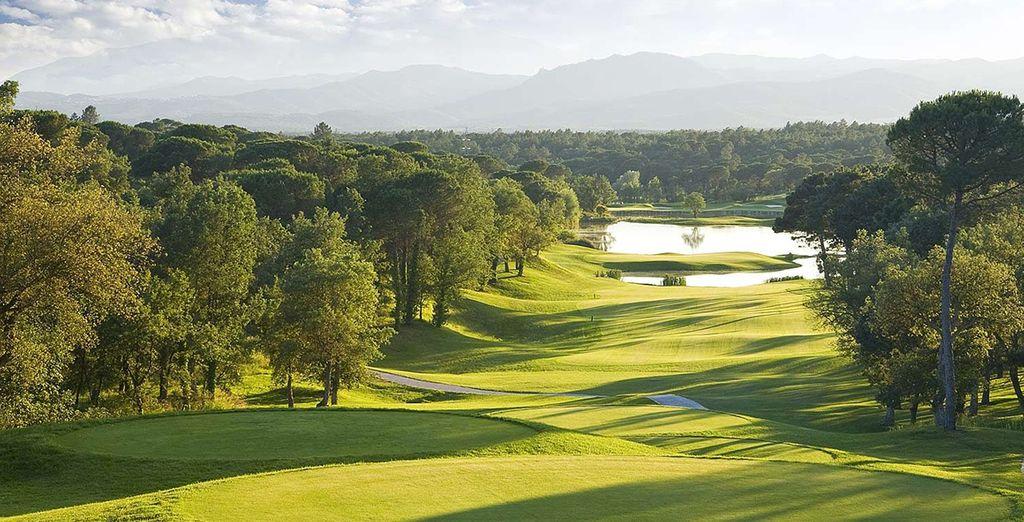 Der PGA Catalunya Golf course erwartet Sie