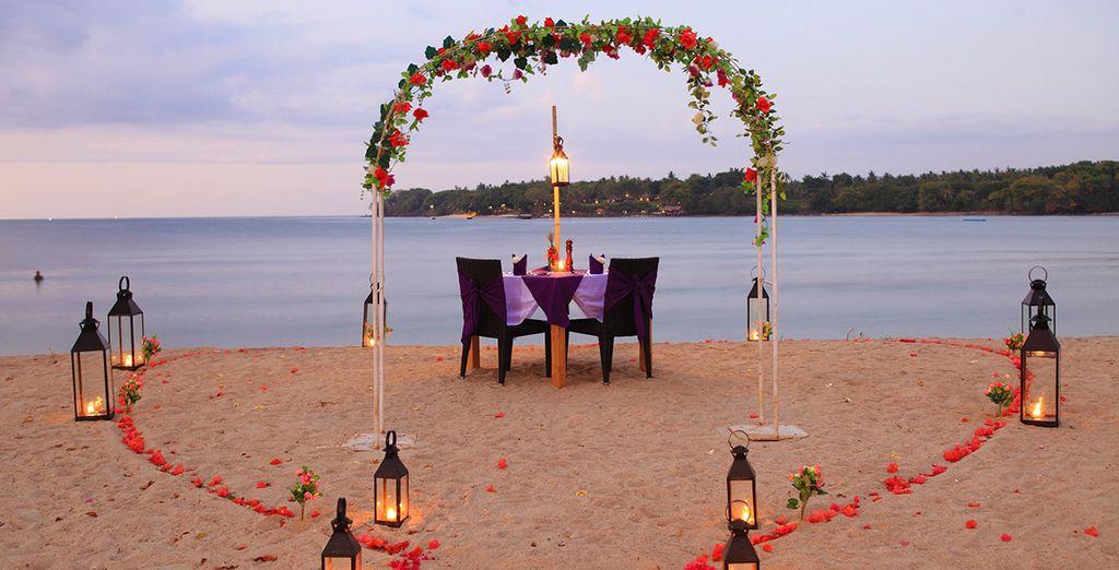 Oder gehen Sie für ein romantisches Abendessen an den Strand
