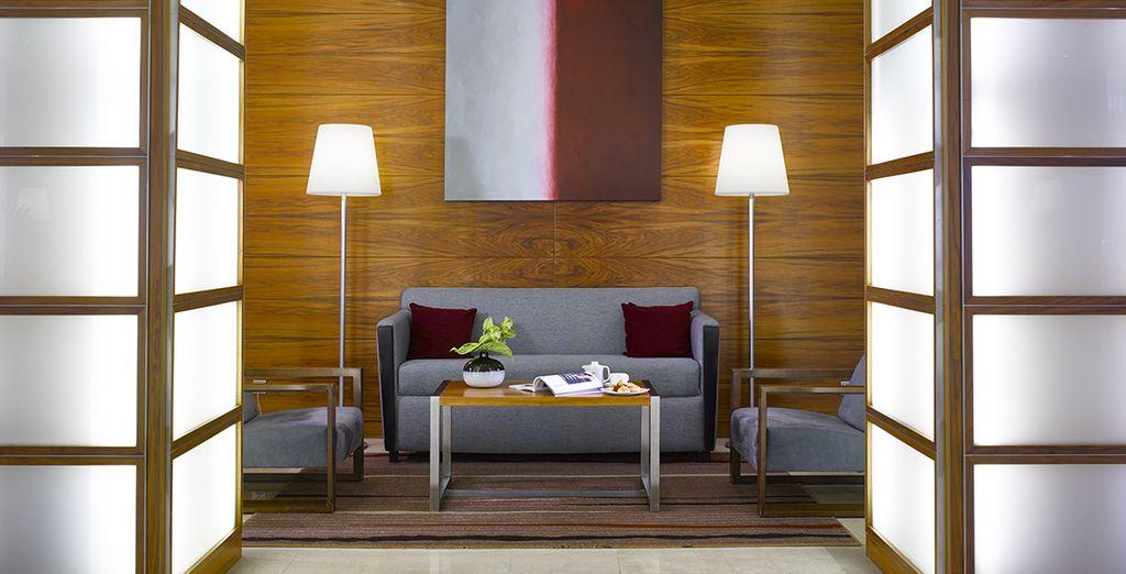 Einem sehr modernen Hotel in einem zeitgenössischen Stil