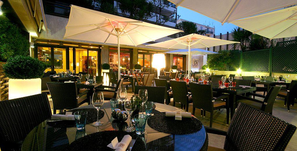 Lernen Sie die gemütliche Atmosphäre der Restaurants zu schätzen