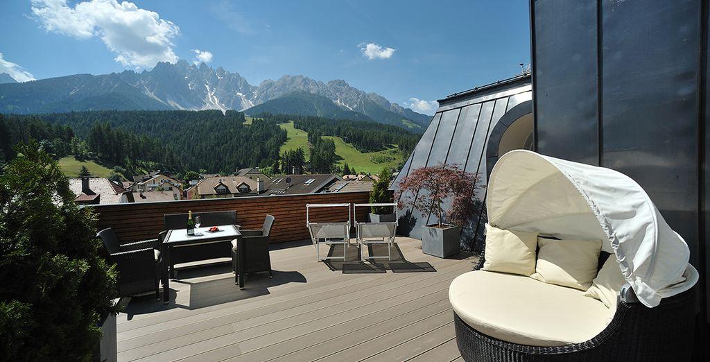 Tanken Sie Sonne auf der tollen Terrasse