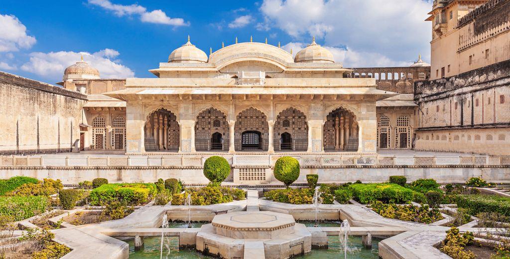 Bewundern Sie die prächtigen Paläste