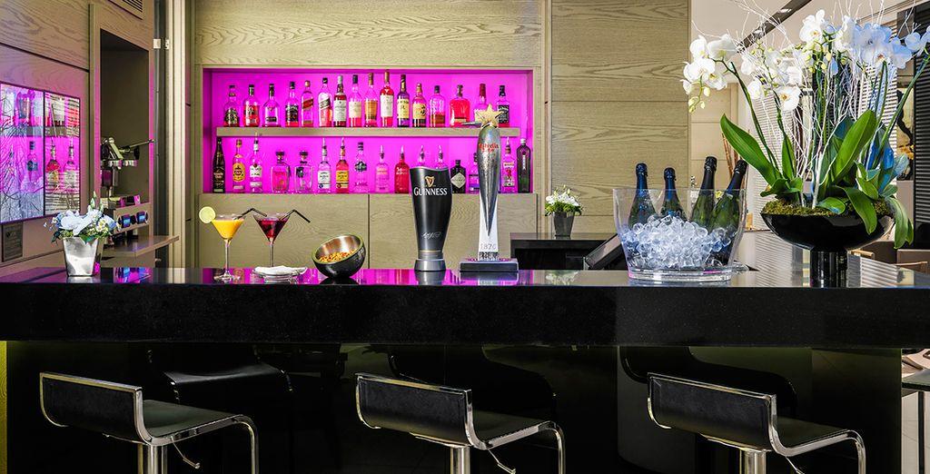 Und lassen Sie den Tag mit einen Cocktail an der Circus Bar ausklingen