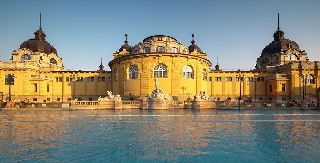Entdecken Sie die berühmten Thermalbäder von Budapest