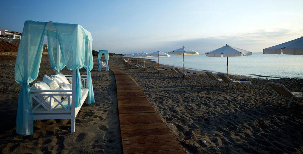 Entdecken Sie die Strände von Rhodos für einen Urlaub unter der Sonne