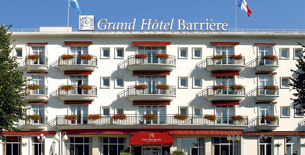 Willkommen im Hotel Barrière Le Grand Hôtel in Enghien les Bains