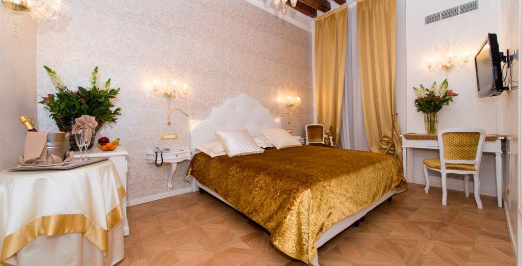 Sie übernachten in einem eleganten Superior Zimmer