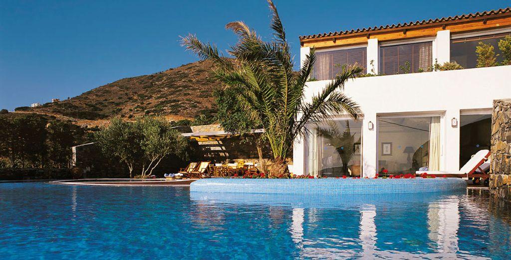 Alójate en el Elounda Gulf Villas & Suites 5*