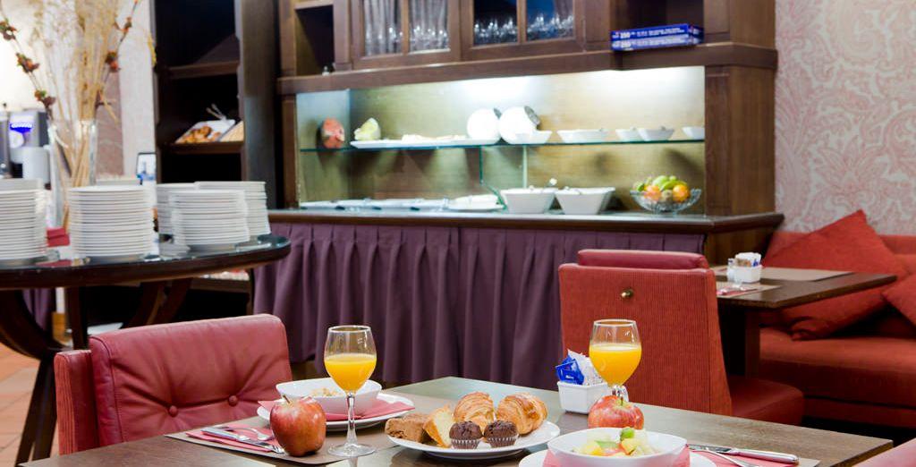 Te incluimos un delicioso desayuno diario