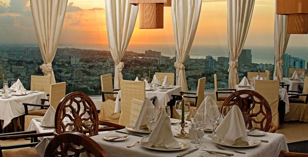 Restaurante Gourmet Sierra Maestra dentro del Tryp Habana Libre