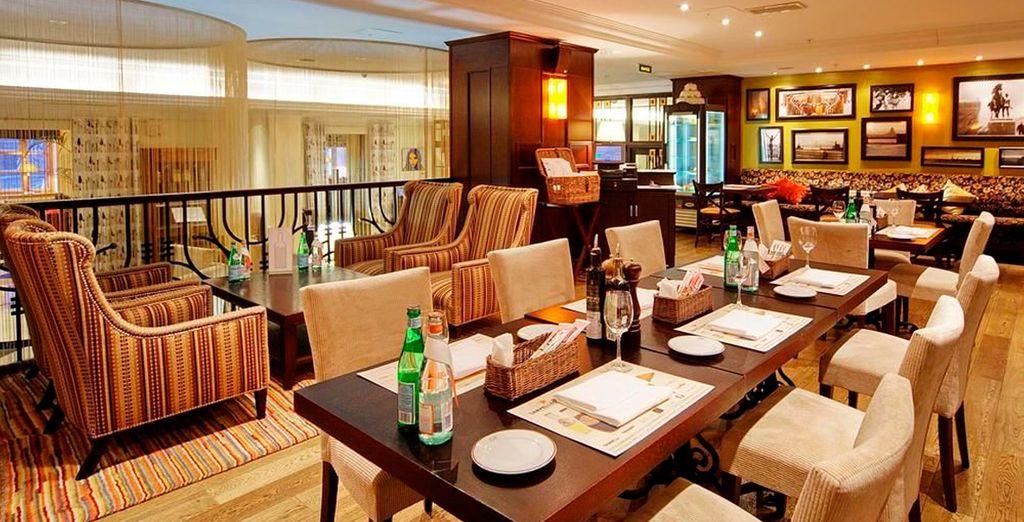 En San Petersburgo podrá alojarse en el Sokos Hotel Vasilievsky 4