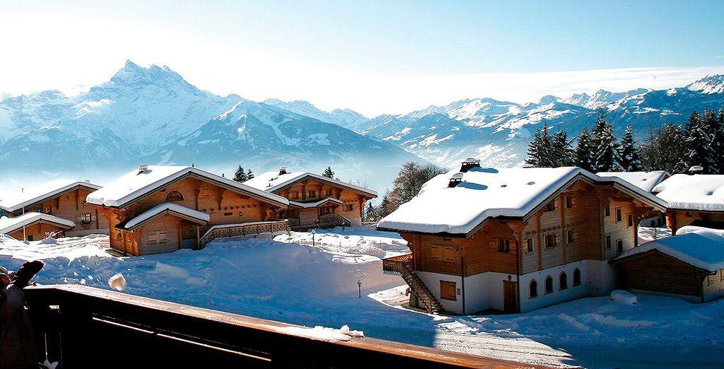 Vistas a la bella montaña alpina