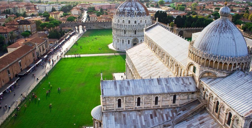 La Catedral y el Baptisterio de Pisa
