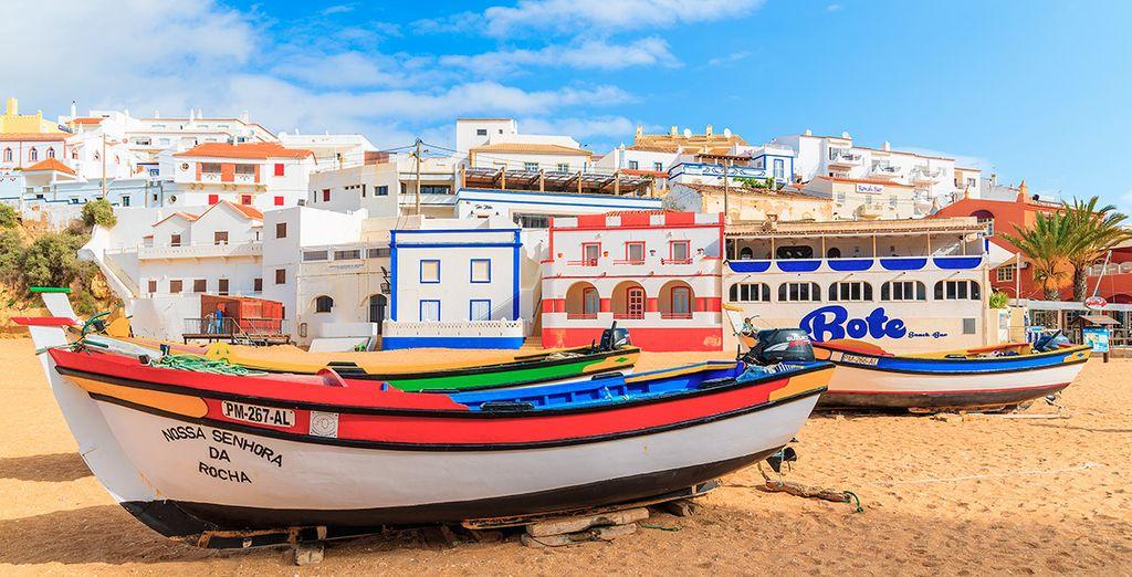 Disfruta de paisajes pintorescos en Carvoeiro