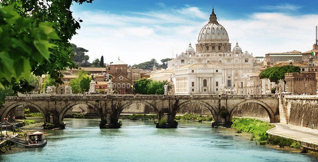 Roma, con una larga e interesante historia a sus espaldas y preciosas panorámicas