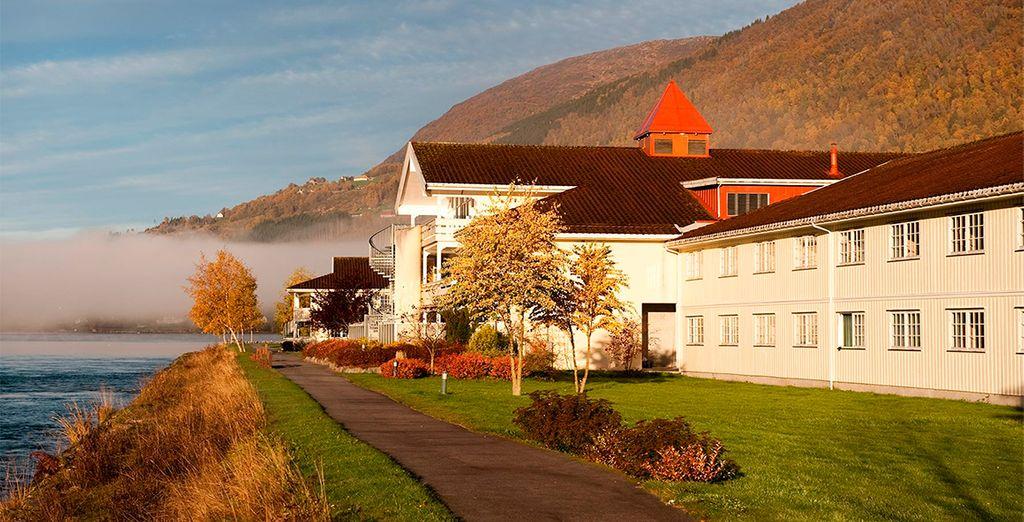 Tu estancia en Loen será en el Hotel Loenfjord 3* o similar