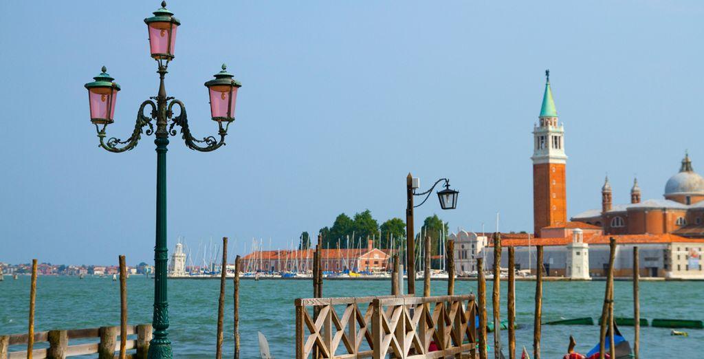 Vistas de las góndolas y San Giorgio