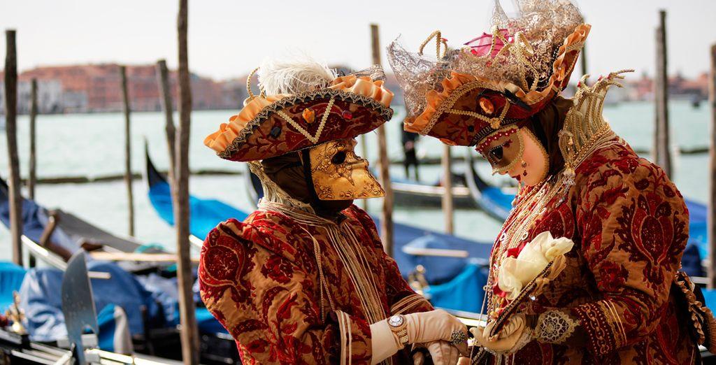 Disfrute de un auténtico carnaval veneciano
