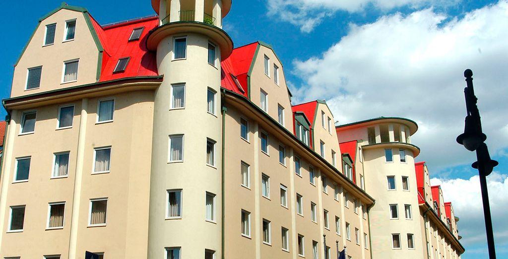 El Leonardo Hotel Budapest se encuentra a 3 paradas del corazón de Budapest