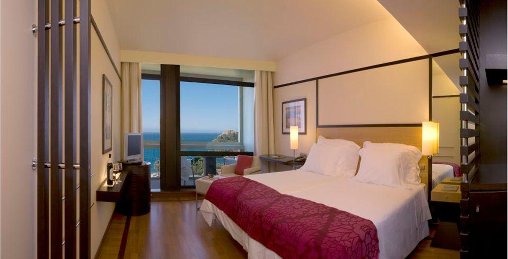 Descanse en su habitación con vista al mar