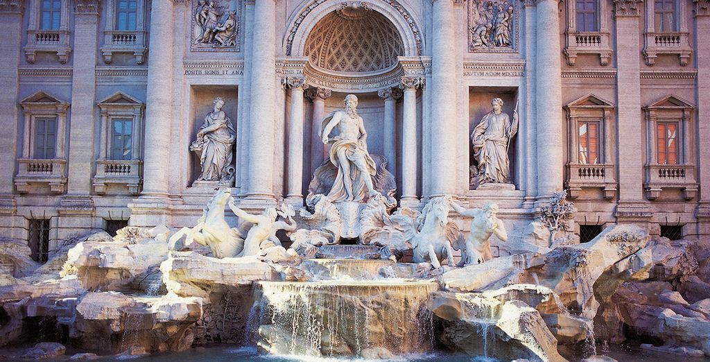 No deje pasar la oportunidad de tirar una moneda en La Fontana di Trevi