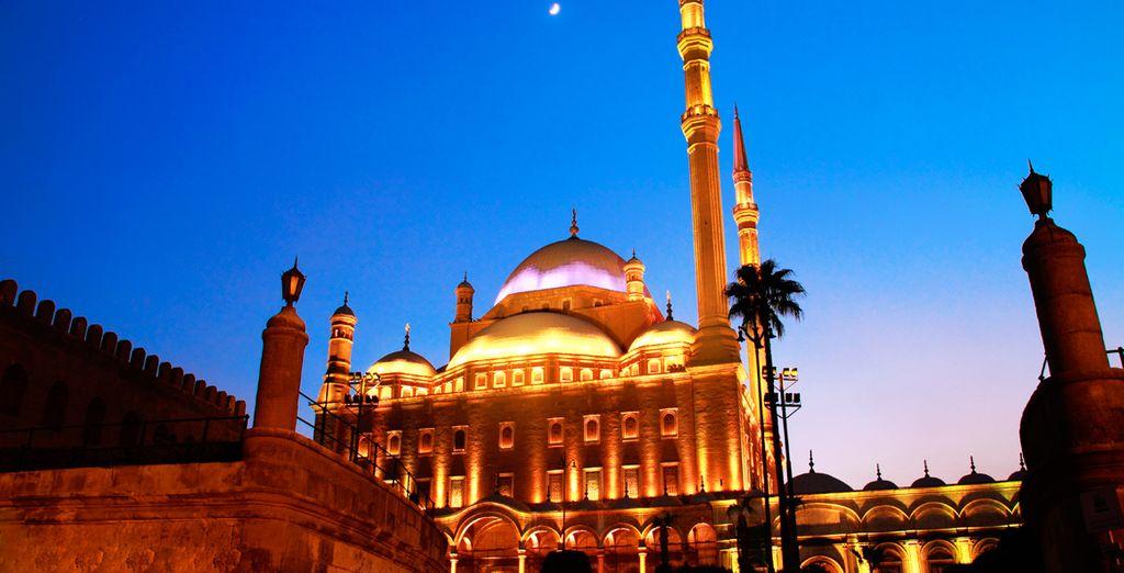 Tendrá la oportunidad de conocer su capital, El Cairo