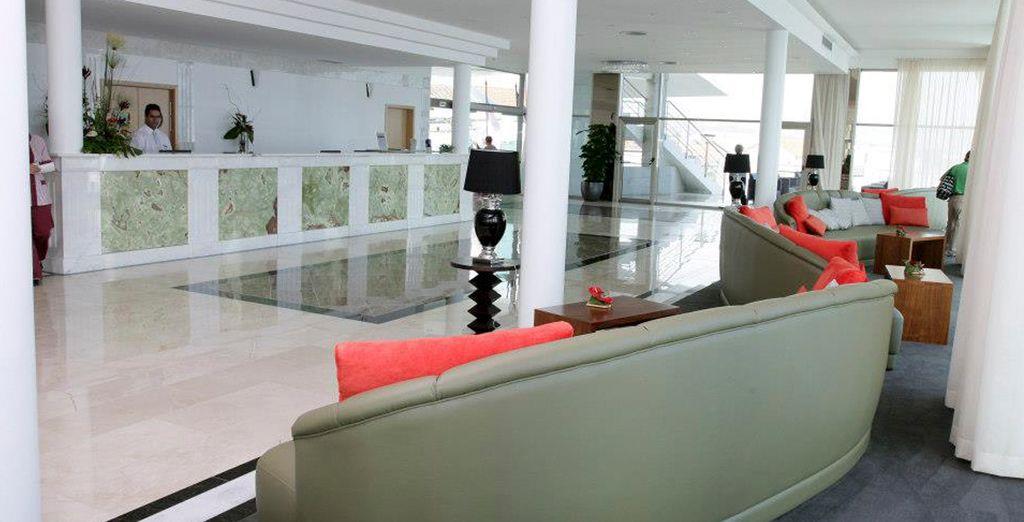 Bienvenido al Hotel Angra Marina 5*