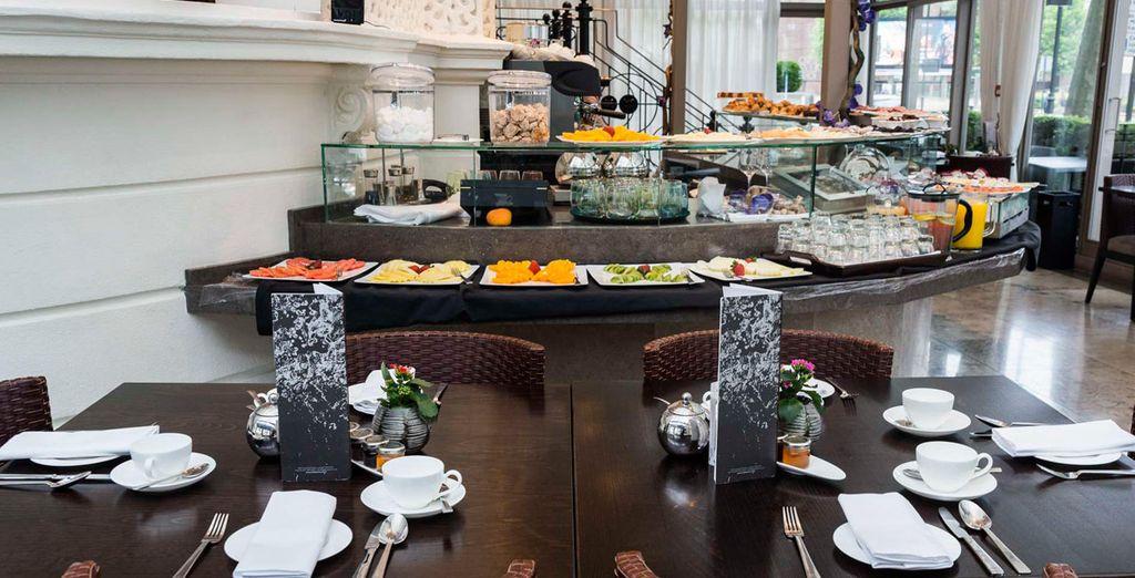 Empiece el día con un completo desayuno inglés