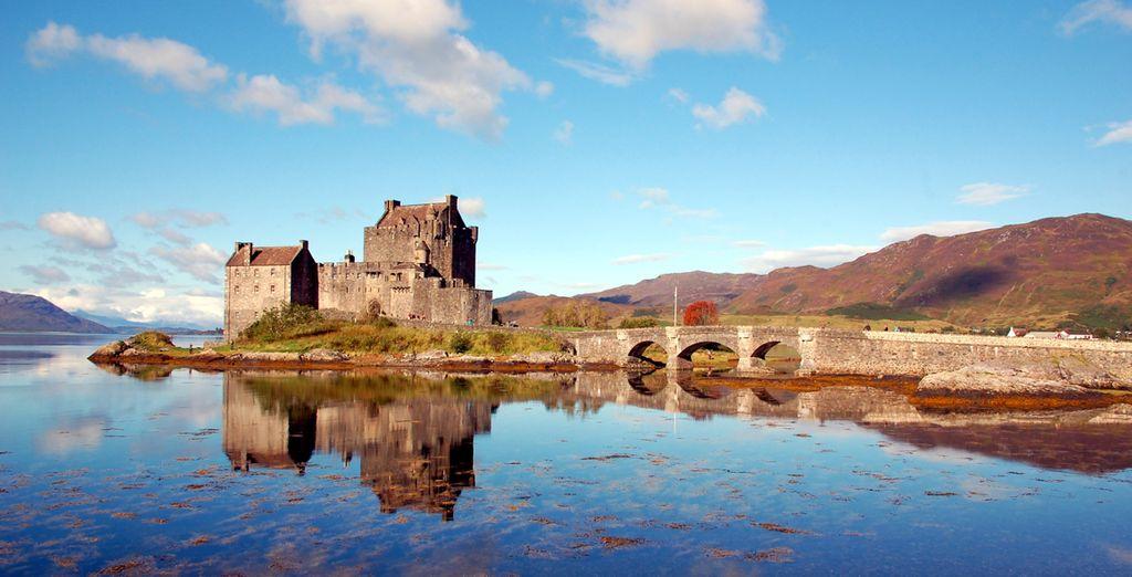 Visite el emblemático Castillo de Eilean Donan, una fortaleza sobre la isla del mismo nombre