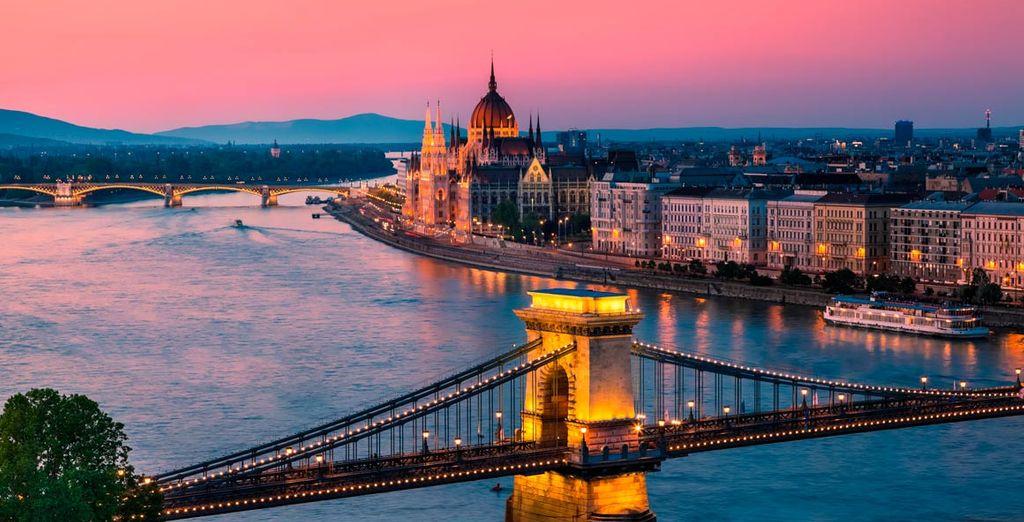 Observe el Danubio a su paso por la ciudad
