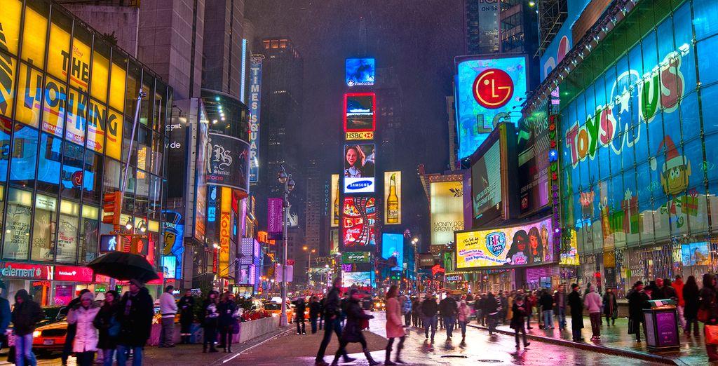 Toys R Us, en pleno Times Square donde seguro vuelve de golpe a su infancia