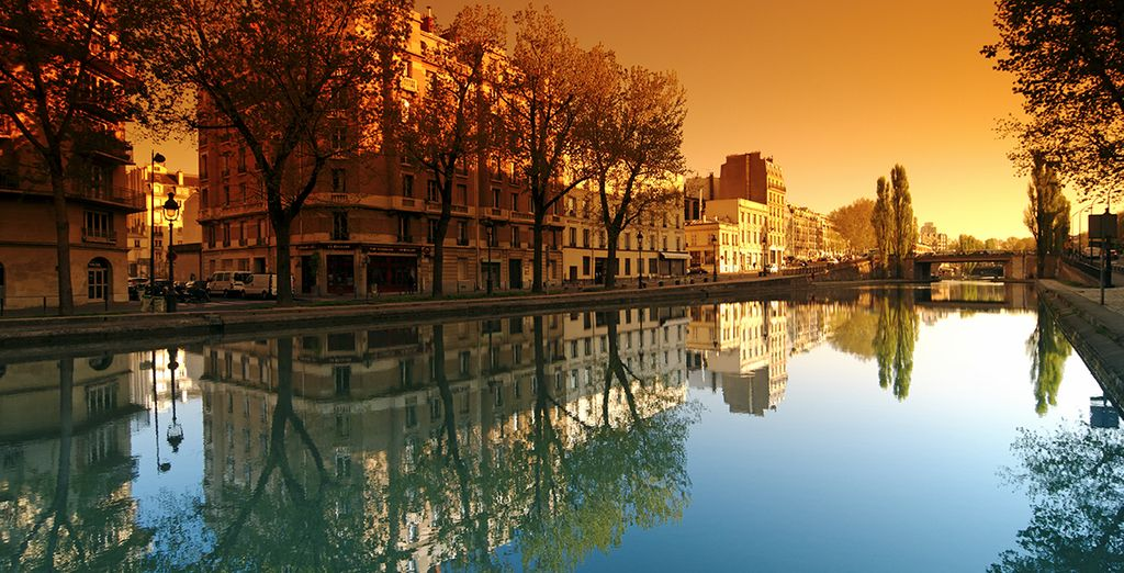 Pasee por la romántica París