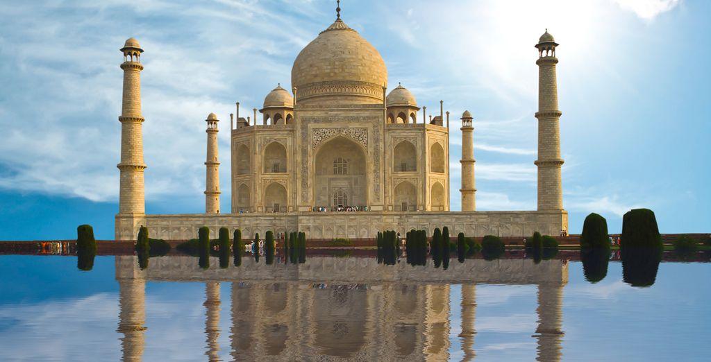 El más bello ejemplo de la arquitectura mongola, el Taj Mahal