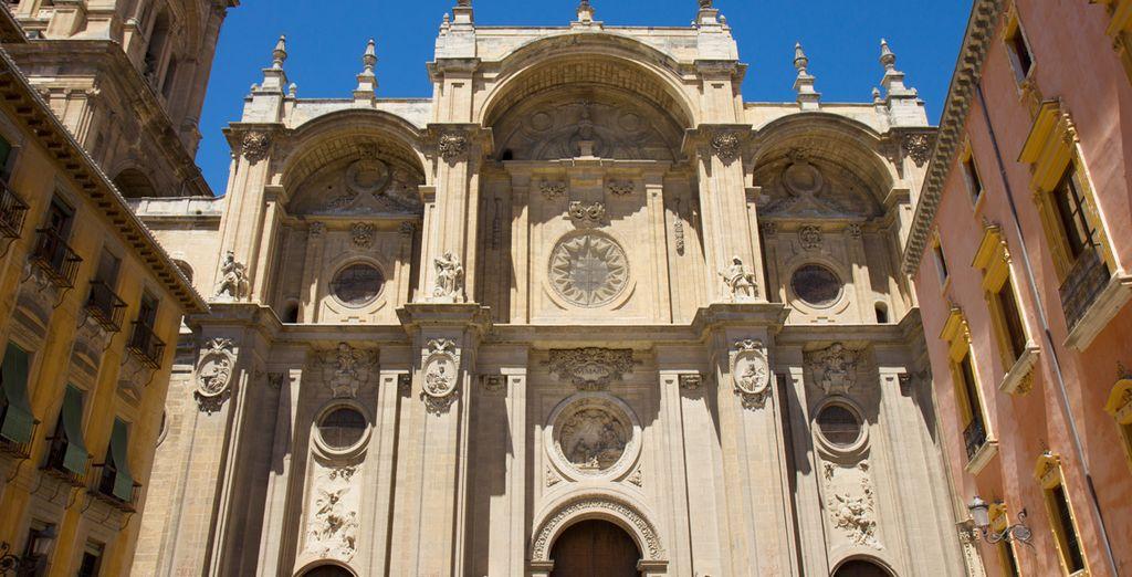 Inspírese a los pies de la catedral de Granada