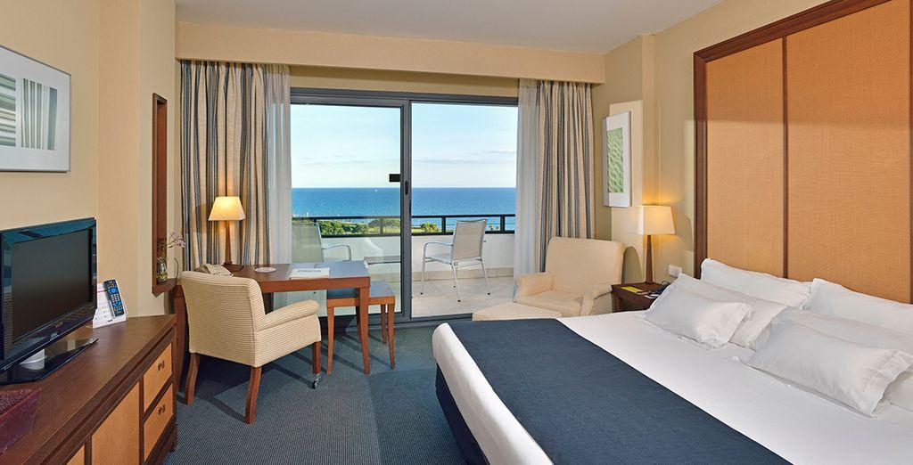 Descanse en su Habitación Superior con magníficas vistas al mar