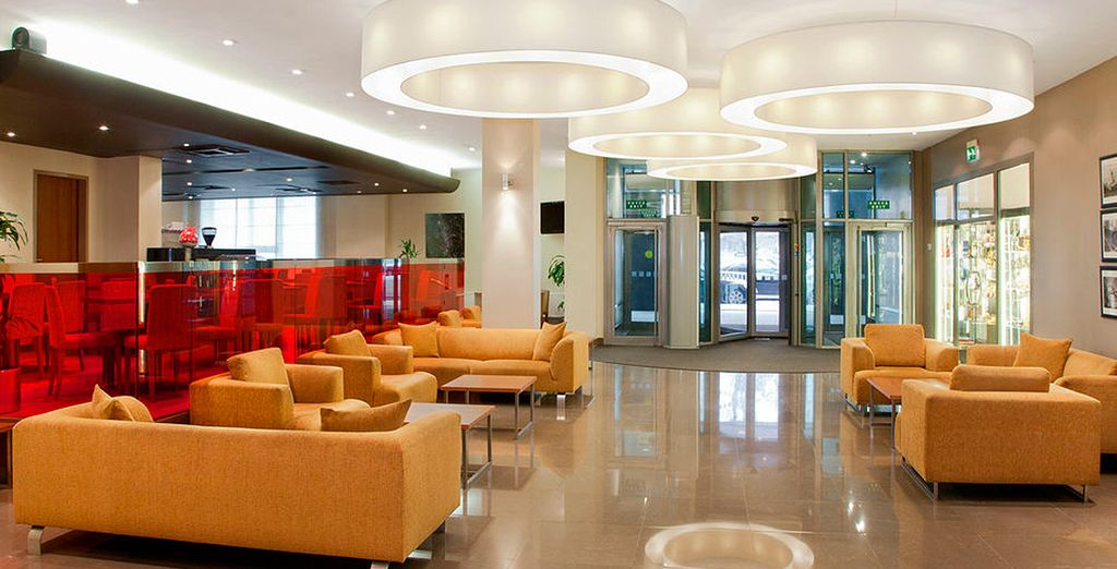 Tendrá a su vez la posibilidad de hospedarse en el magnífico Holiday Inn Moscow Lesnaya 4*
