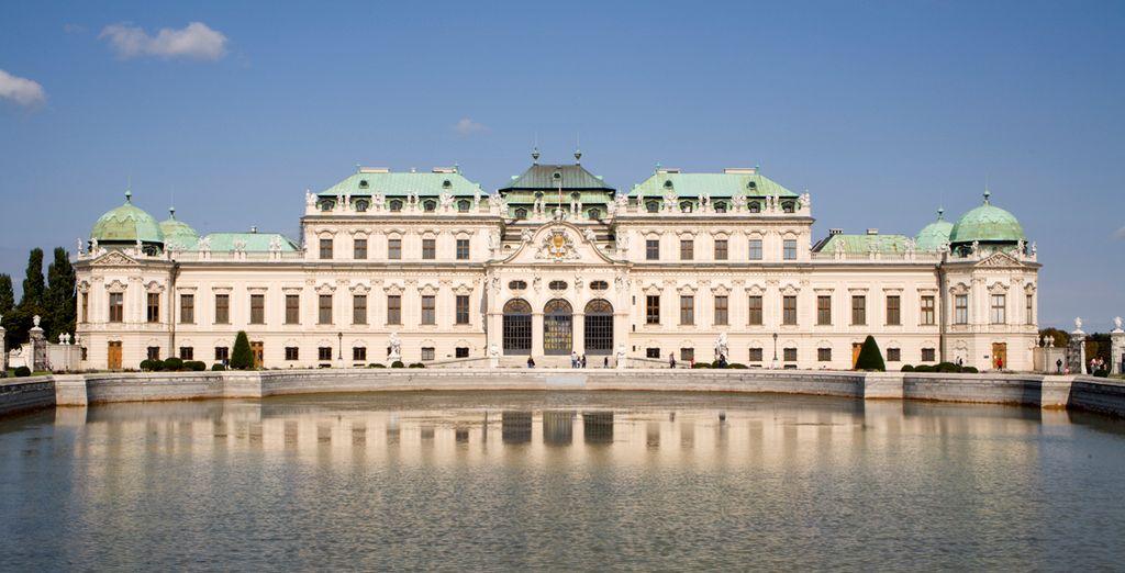 O el espectacular Palacio de Belvedere de estilo barroco
