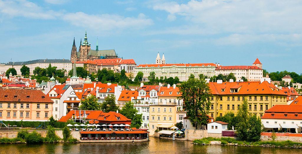 Una mágica ciudad a orillas del río