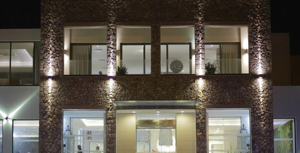 Un hotel moderno y cosmopolita