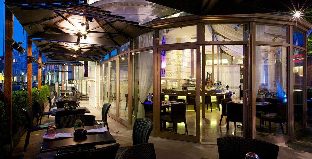 La cocina del Evoluzione está premiada por una estrella Michelín por el chef italiano Andrea Angeletti