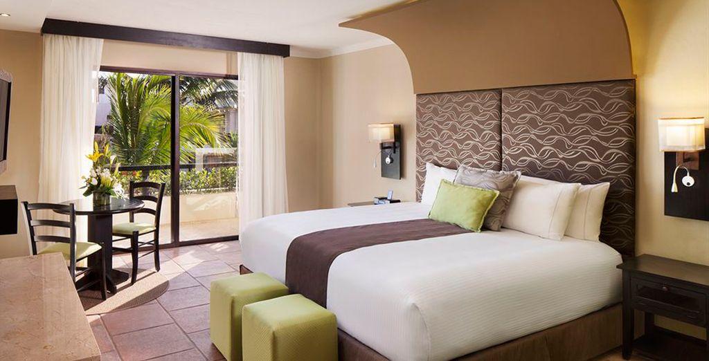Podrás elegir descansar en tu habitación Deluxe Suite